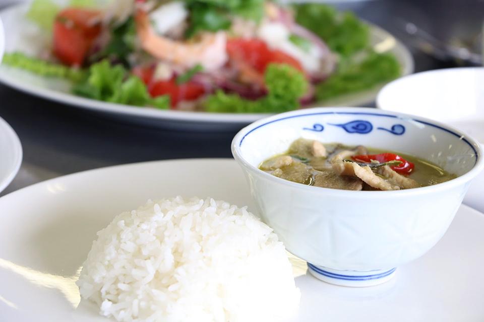 マンマメルカート 世界を食から学ぶ タイ料理